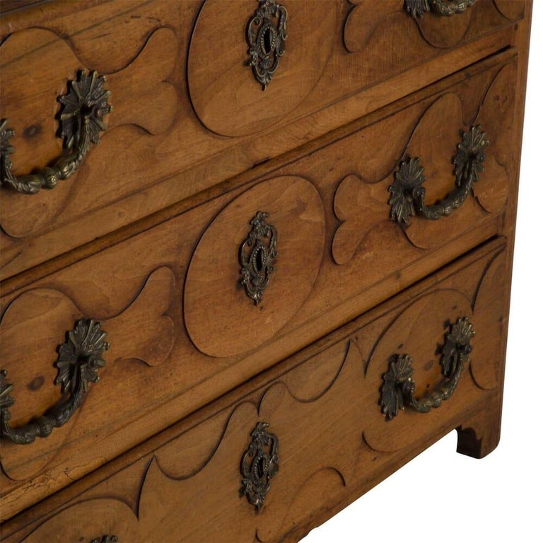 Wood 18th Century French Walnut Commode For Sale