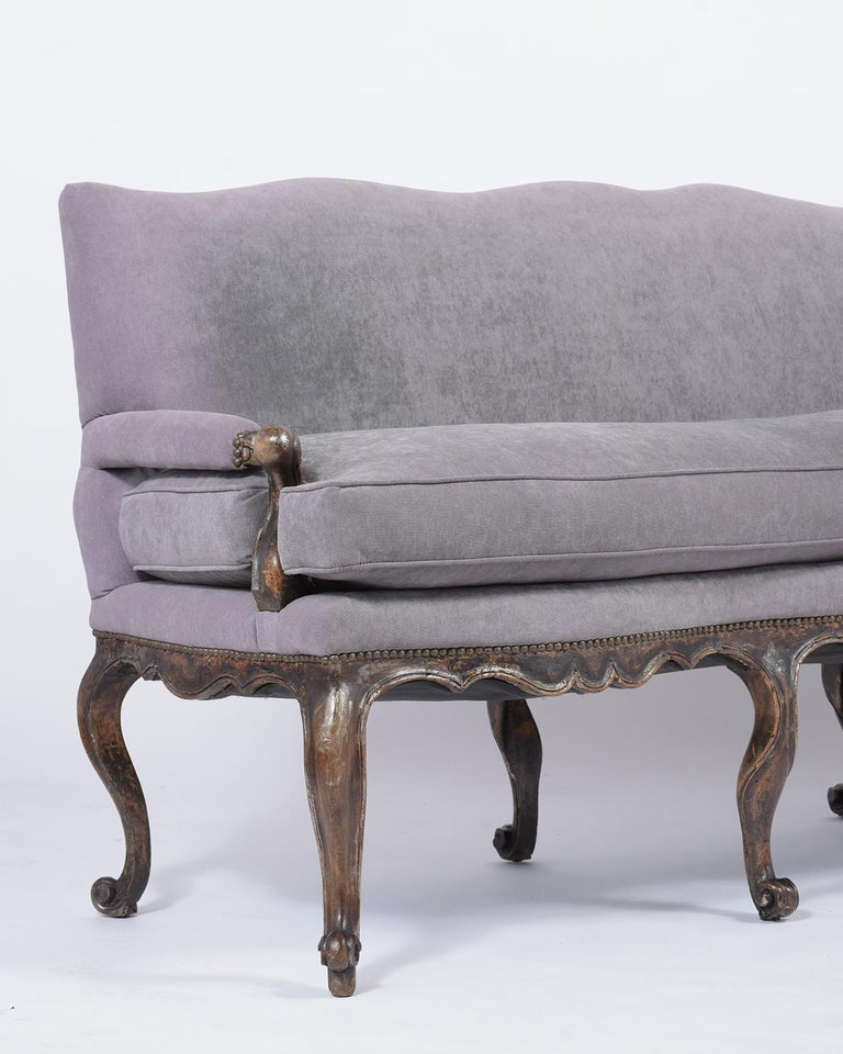 Antique French Walnut Sofa In Good Condition For Sale In Los Angeles, CA