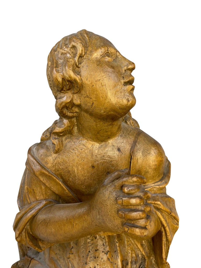 Pair of carved wooden French angels in adoration. From Northern France, 18th century. Type of wood unknown.