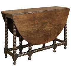 18th Century Gateleg Drop-Leaf Table