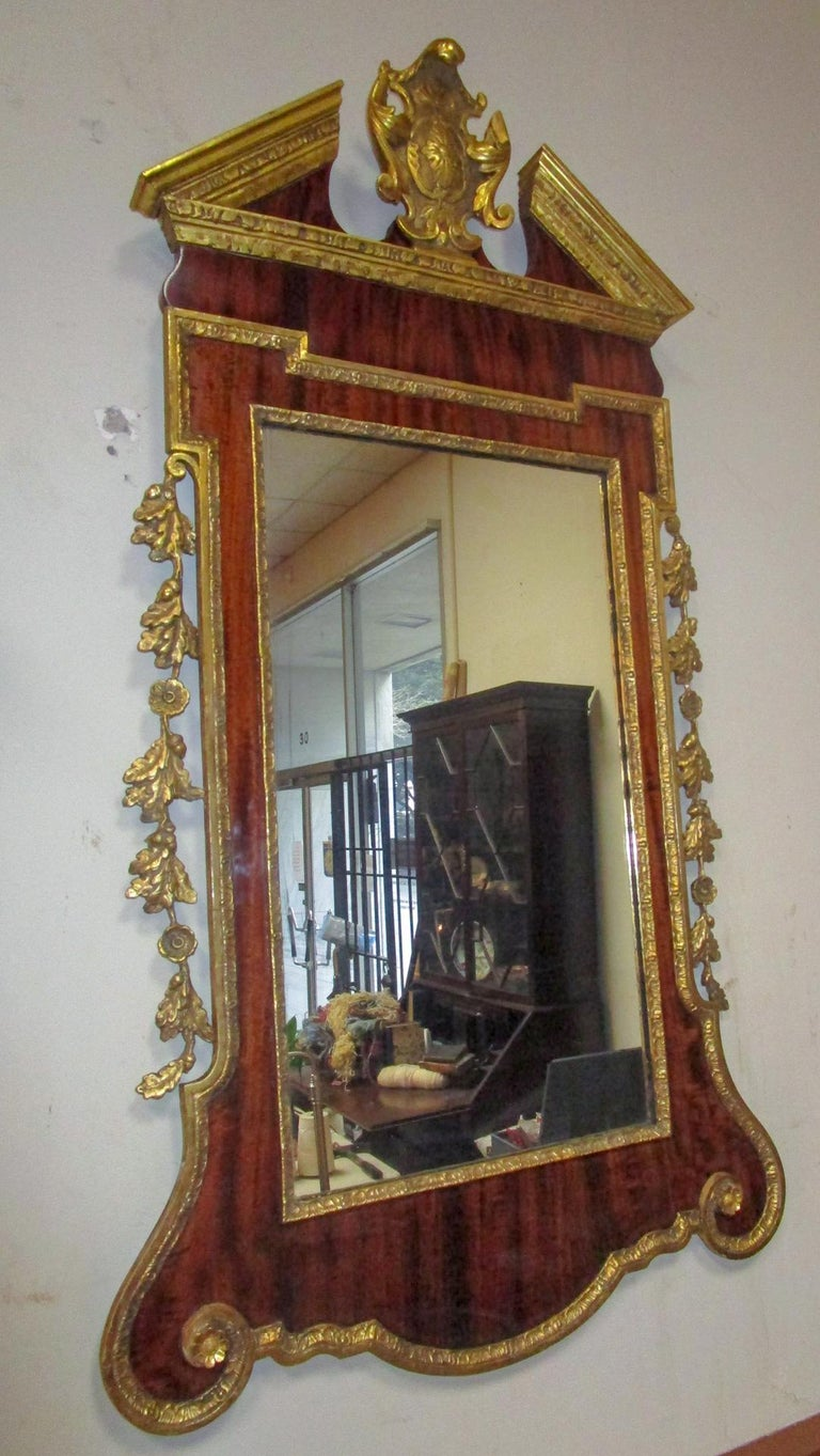 18th Century George II Mahogany and Carved Giltwood Wall Mirror 4