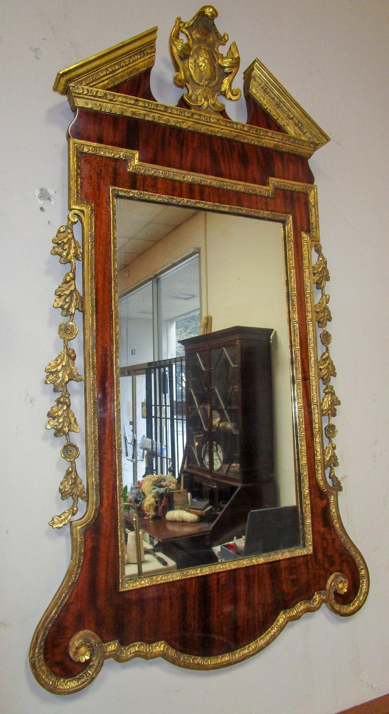 18th Century George II Mahogany and Carved Giltwood Wall Mirror 6