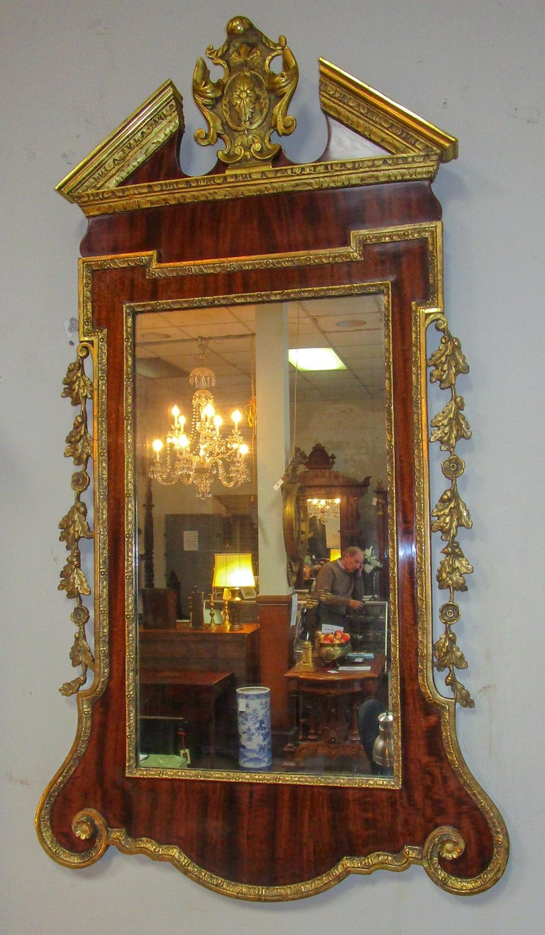 18th Century George II Mahogany and Carved Giltwood Wall Mirror 2