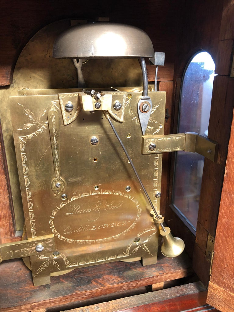18th Century George III Mahogany Bracket Clock, 1780s For Sale 1