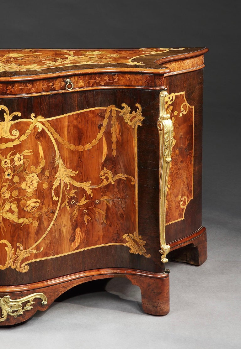 English 18th Century George III Marquetry Serpentine Commode Attributed to Ince & Mayhew For Sale
