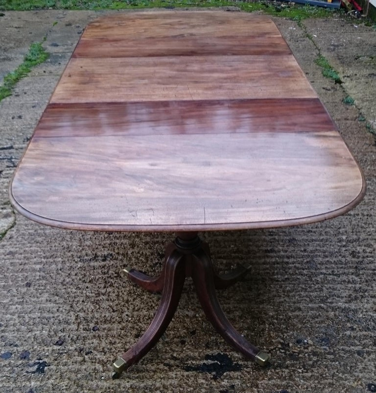 18th Century George III Period Mahogany Antique Dining Table For Sale 3