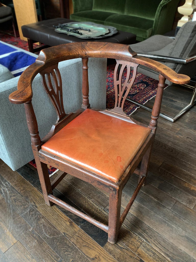 18th Century Georgian Corner Chair In Good Condition In New York, NY