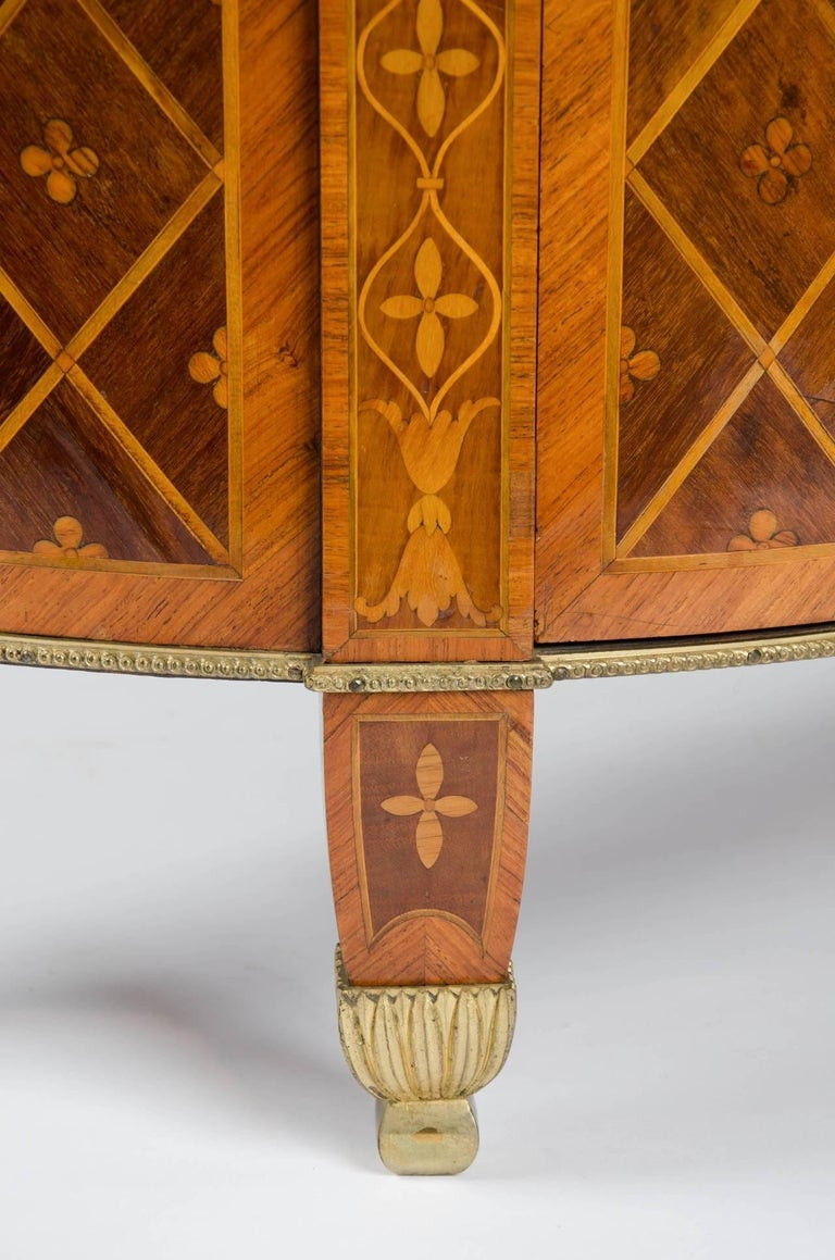 Late 18th Century 18th Century Georgian Demi-Lune Commode of Satinwood, Tulipwood and Harewood For Sale