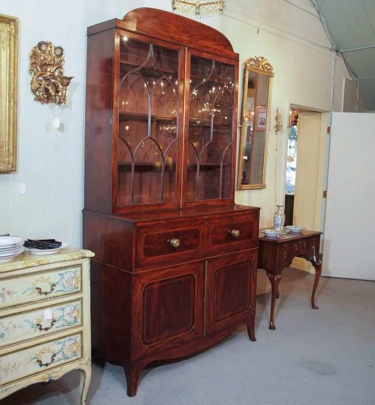 18th Century Georgian Mahogany and Satinwood Secretaire For Sale 4