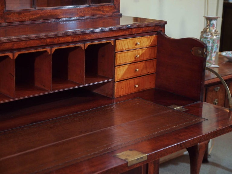 18th Century Georgian Mahogany and Satinwood Secretaire For Sale 2
