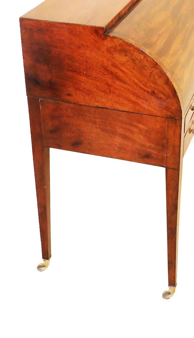 A very good quality late 18th century mahogany