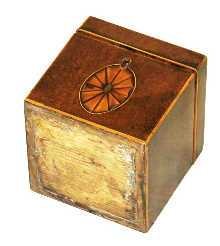 18th Century Georgian Mahogany English Square Tea Caddy For Sale 2