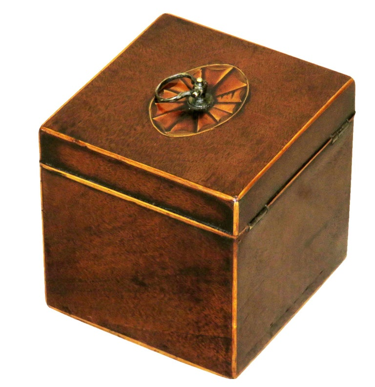 18th Century Georgian Mahogany English Square Tea Caddy For Sale 3