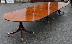 18th Century Georgian Mahogany Three Pedestal Dining Table