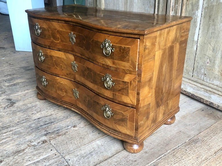18th Century German Baroque Commode For Sale 3