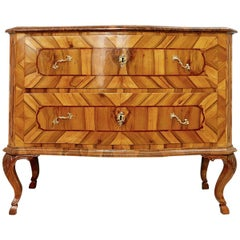 18th Century German Chest of Drawers in Walnut