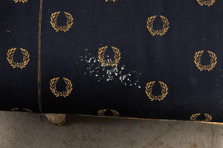 Swedish 18th Century Grey Painted Gustavian Sofa For Sale