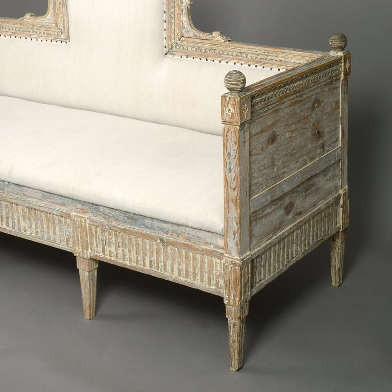 18th Century Gustavian Period Painted Sofa In Good Condition For Sale In London, GB