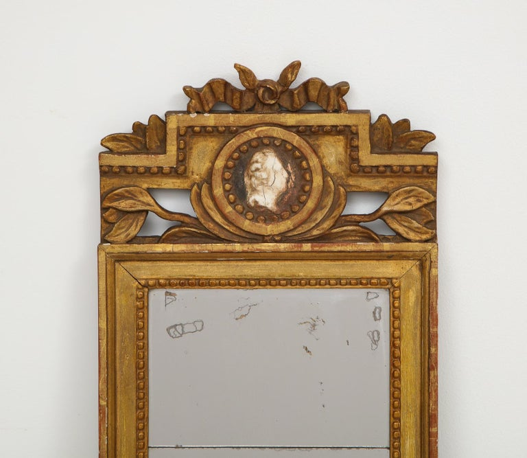 Giltwood 18th Century Gustavian Single Arm Candle Sconce Mirror Center Cameo, Swedish For Sale