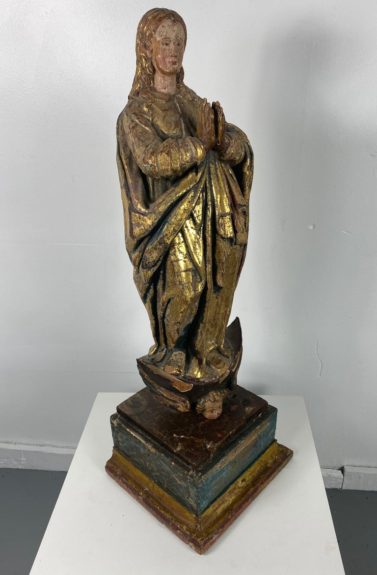 18th Century Hand Carved Polychromed Madonna Statue, French / Italian In Distressed Condition In Buffalo, NY