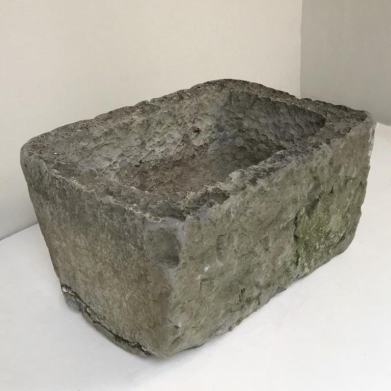 18th Century Hand Carved Stone Jardinière For Sale 4