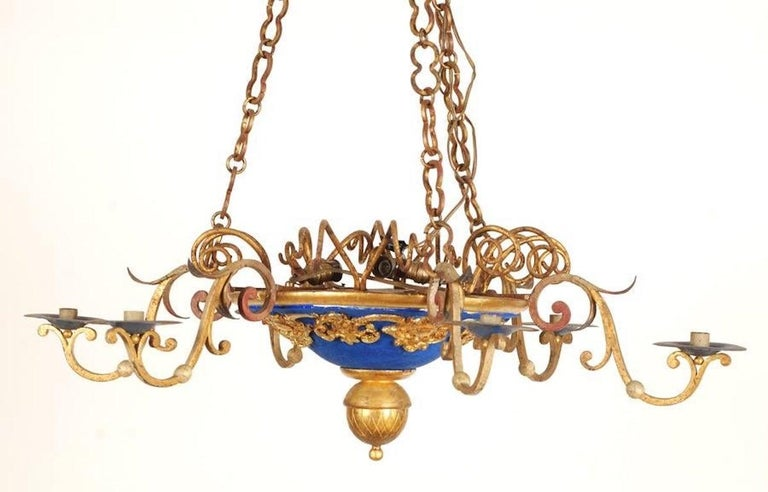 Neoclassical 18th Century Italian Carved and Gilt Wood Chandelier For Sale