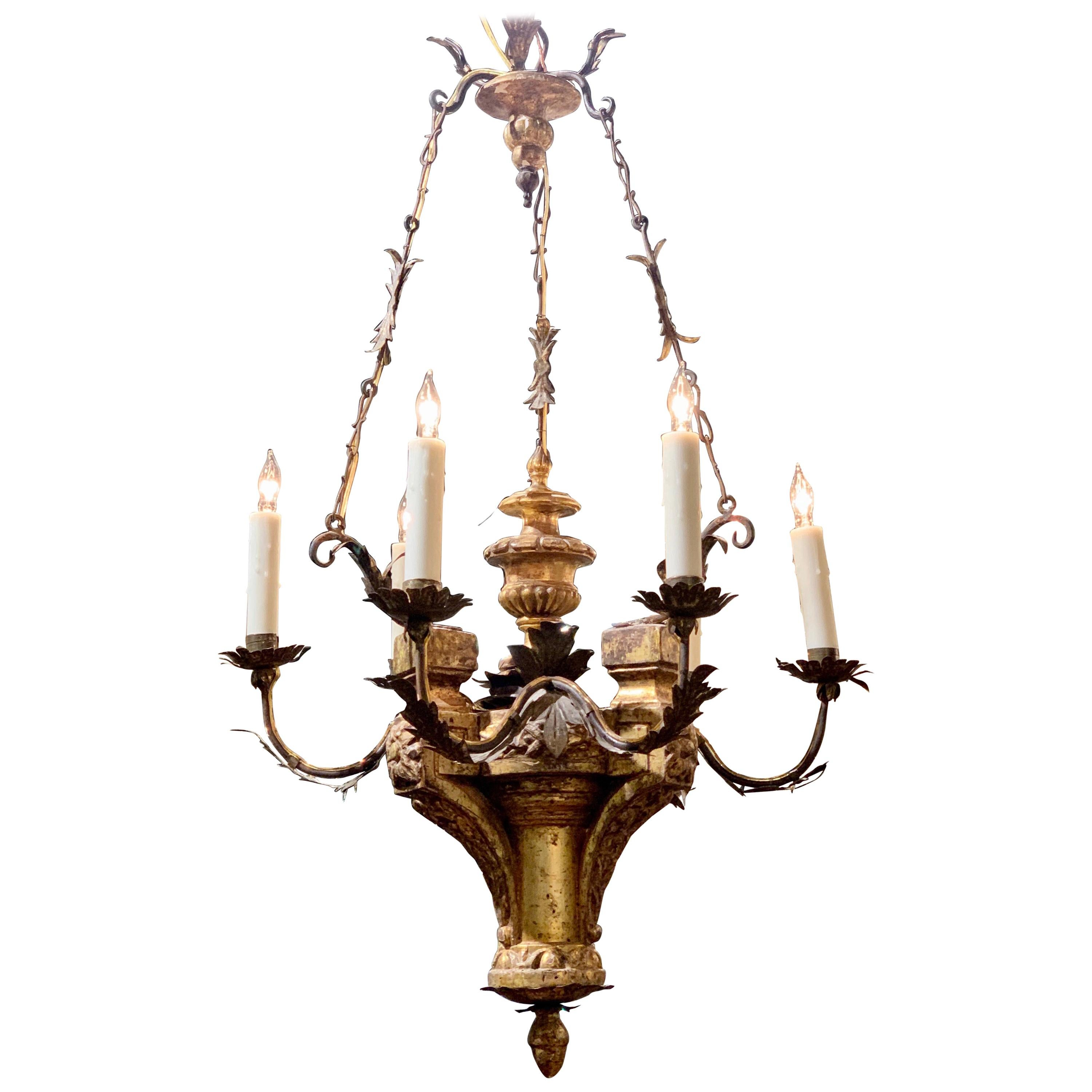 18th Century Italian Carved and Giltwood 6-Light Chandelier