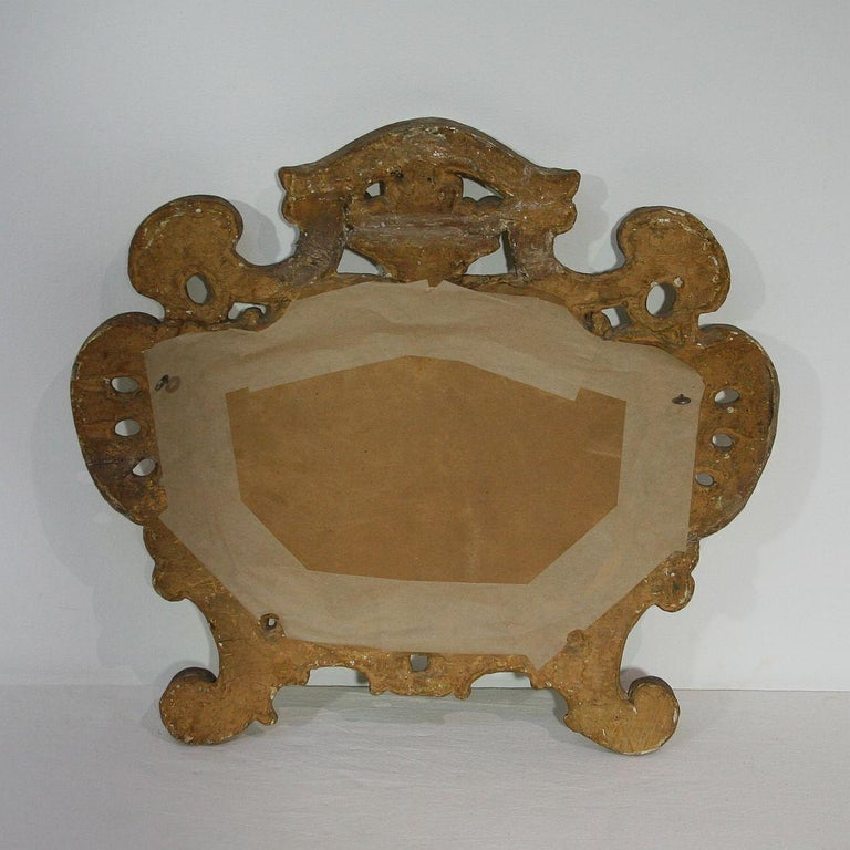 18th Century, Italian Carved Giltwood Baroque Mirror For Sale 4