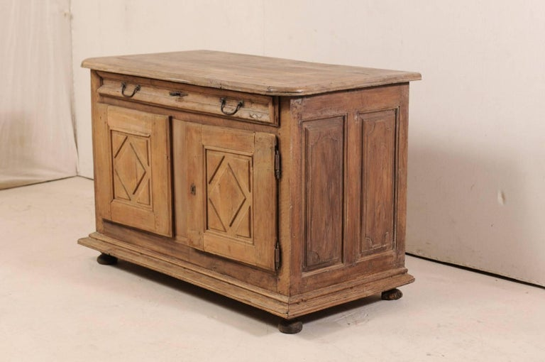 18th Century and Earlier An 18th C. Italian Carved Walnut Wood 2-Door & Single Drawer Buffet Credenza For Sale