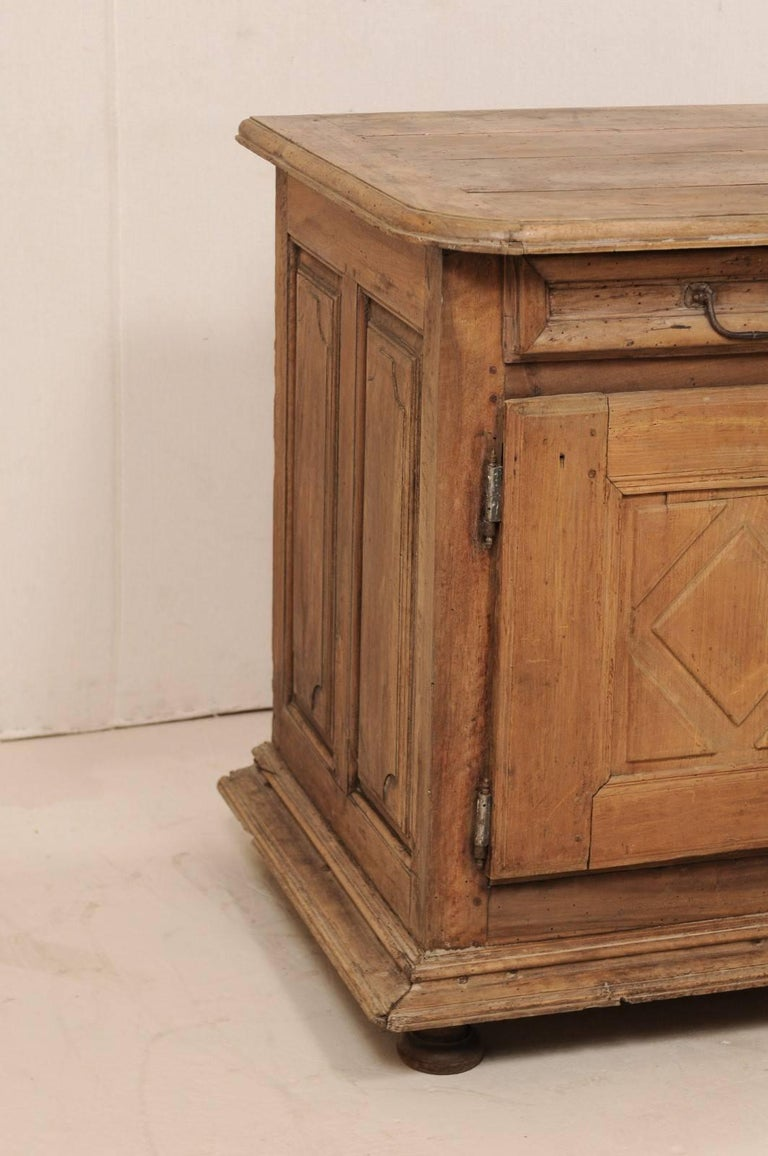 Metal An 18th C. Italian Carved Walnut Wood 2-Door & Single Drawer Buffet Credenza For Sale