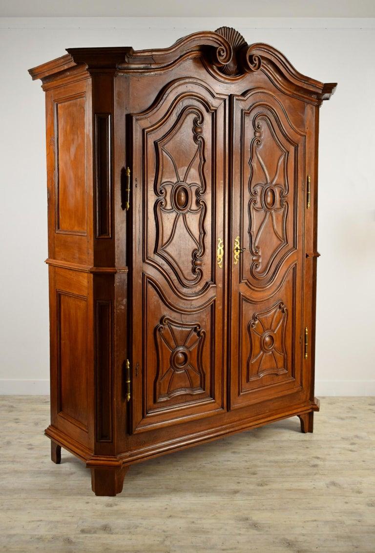 Baroque 18th Century Italian Carved Walnut Wood Wardrobe  For Sale