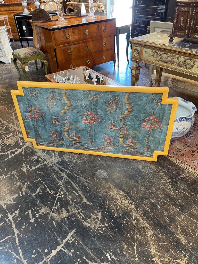 Wood 18th Century Italian Chinoiserie Scene Painted Panel For Sale