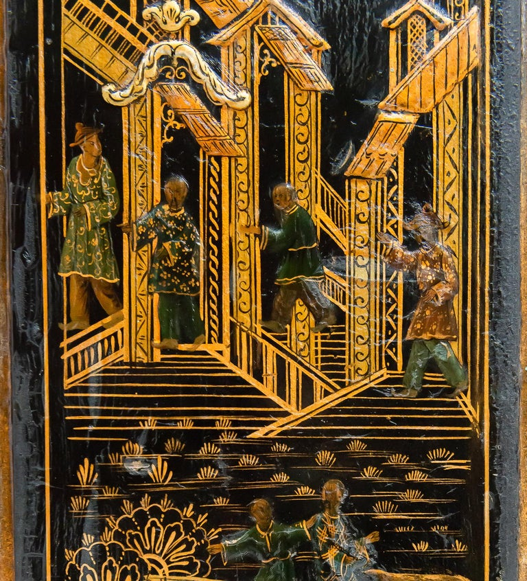 18th Century Italian Chinoiserie Lacquer Bureau Bookcase For Sale 2
