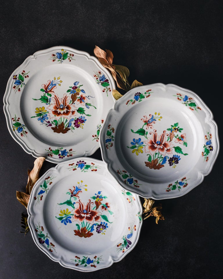 A dinner service comprising six dinner dishes and six soup dishes made by the Doccia Porcelain Manufactory, circa 1750.  Italy was the site of Europe's first porcelain production: in Florence between 1575 and 1587 under the patronage of Francesco