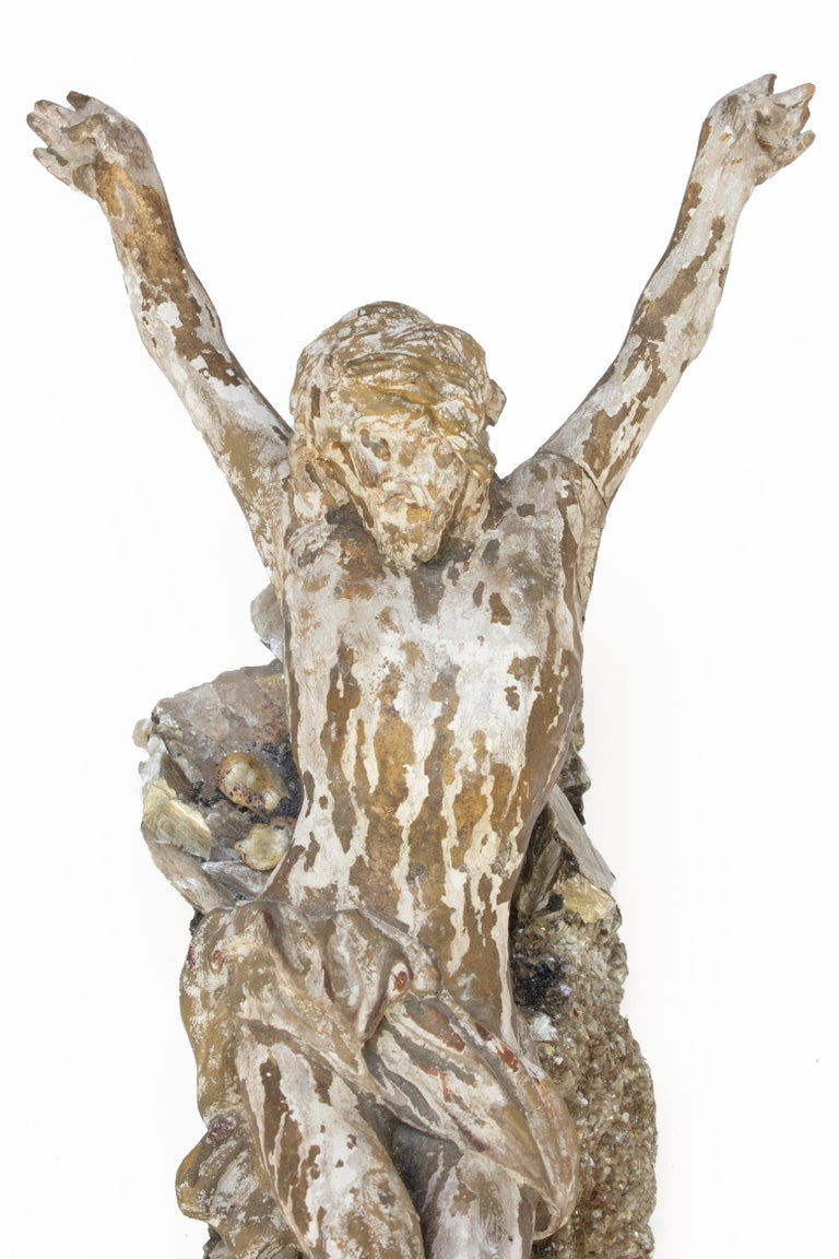 Hand-Carved 18th Century Italian Figure of Christ  on Crystal with Mica with Baroque Pearls For Sale