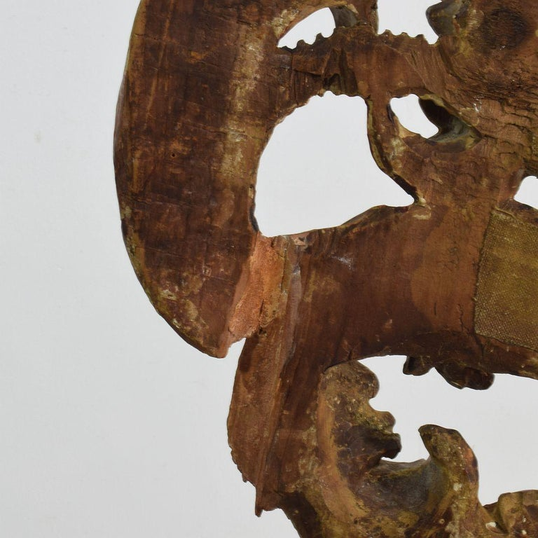 18th Century Italian Giltwood Baroque Curl Ornament For Sale 11