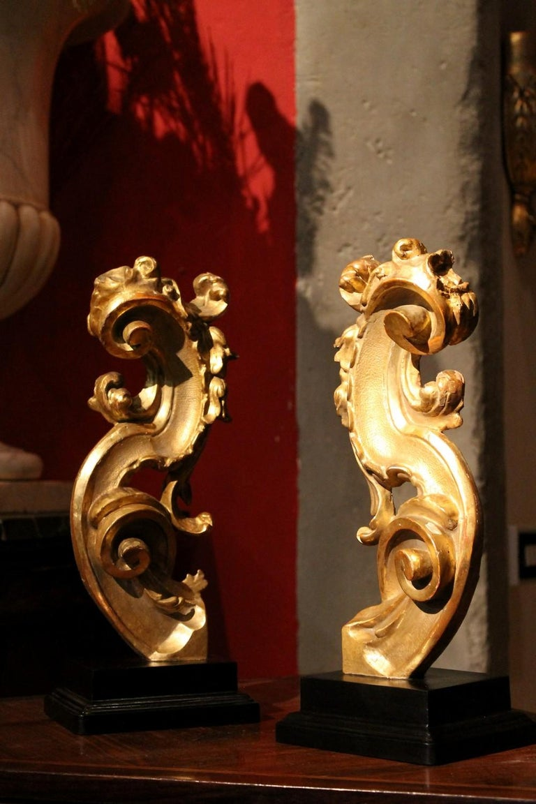 18th Century Italian Hand Carved Architectural Giltwood Fragments on Black Stand For Sale 5