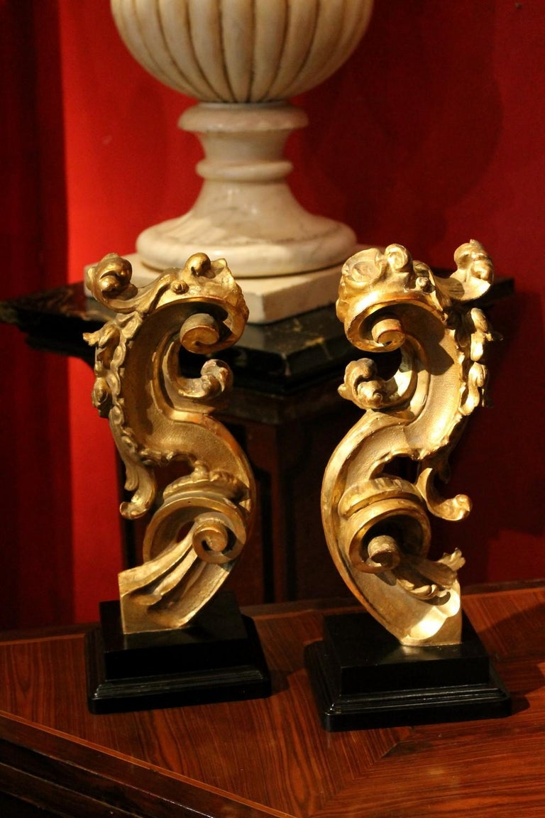 18th Century Italian Hand Carved Architectural Giltwood Fragments on Black Stand For Sale 6