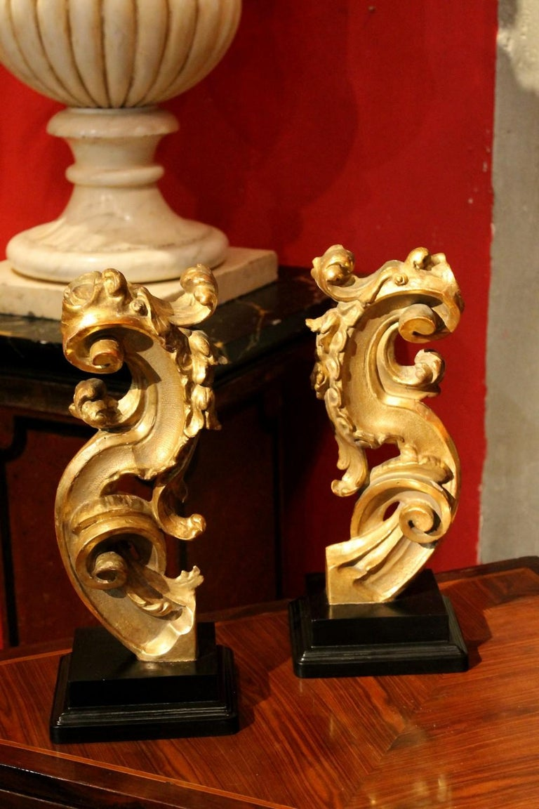 18th Century Italian Hand Carved Architectural Giltwood Fragments on Black Stand For Sale 1