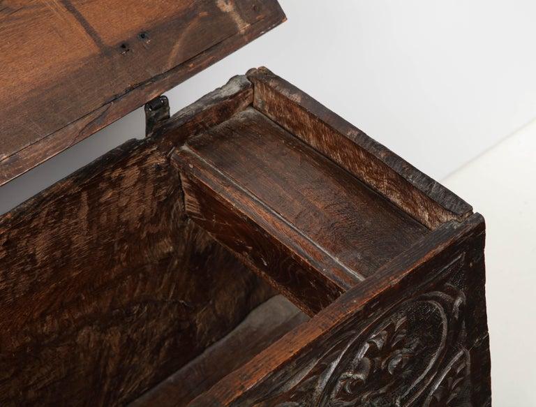 18th Century Italian Jacobean Coffer For Sale 5