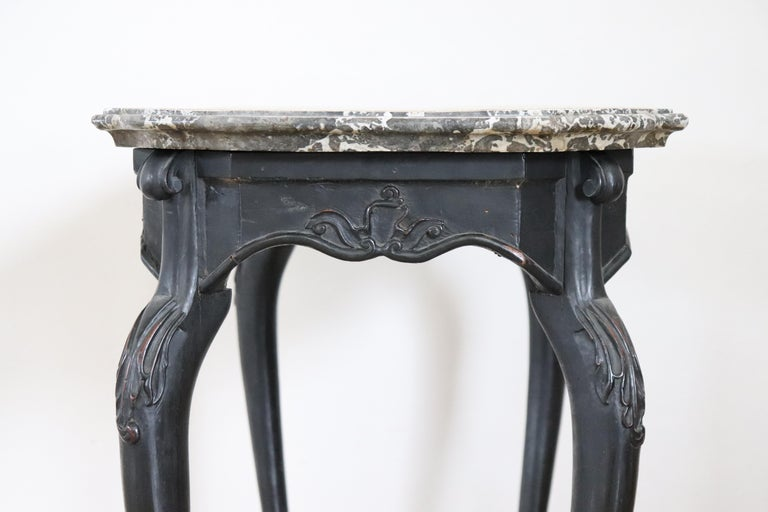 18th Century Italian Louis XV Walnut Carved Center Hall Table with Marble Top For Sale 6
