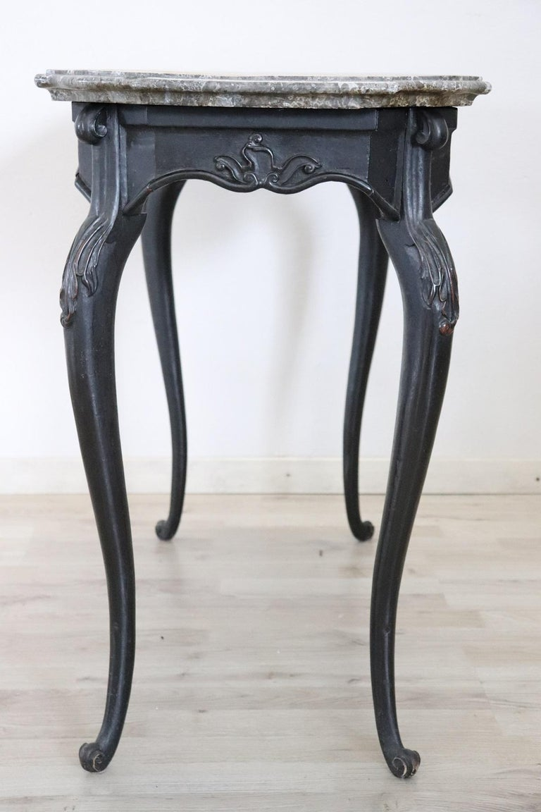 18th Century Italian Louis XV Walnut Carved Center Hall Table with Marble Top For Sale 10