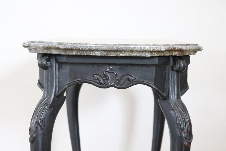 18th Century Italian Louis XV Walnut Carved Center Hall Table with Marble Top For Sale 11