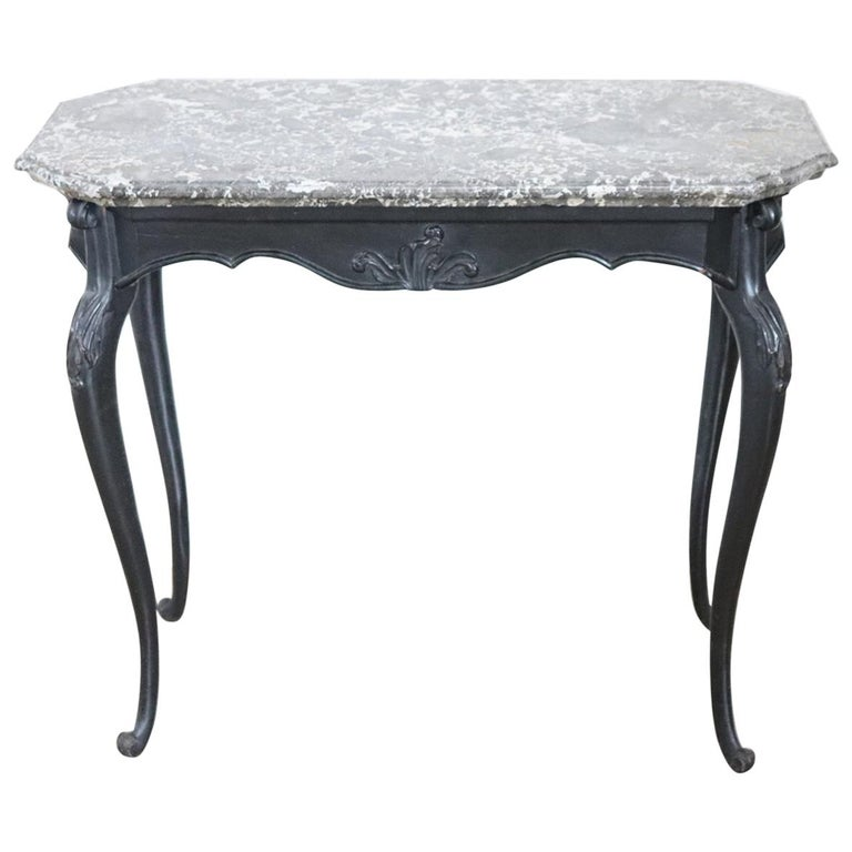 18th Century Italian Louis XV Walnut Carved Center Hall Table with Marble Top For Sale