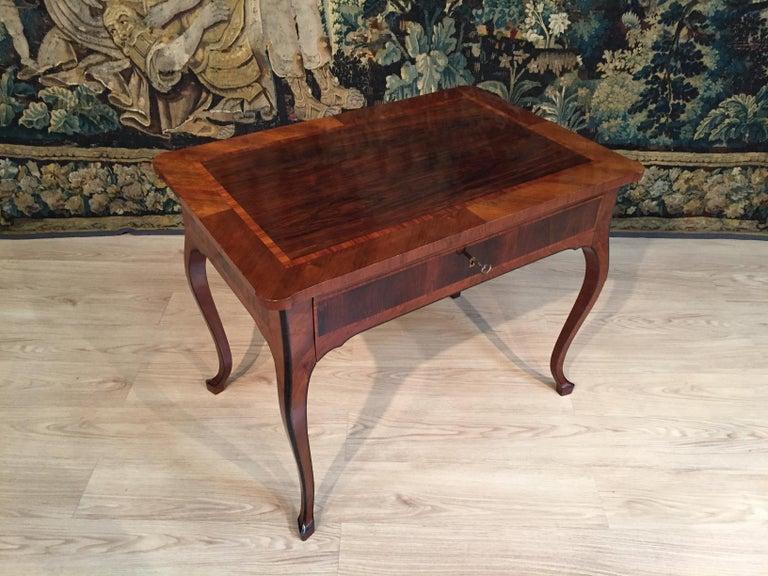 18th Century, Italian Louis XV Wood Center Desk For Sale 1