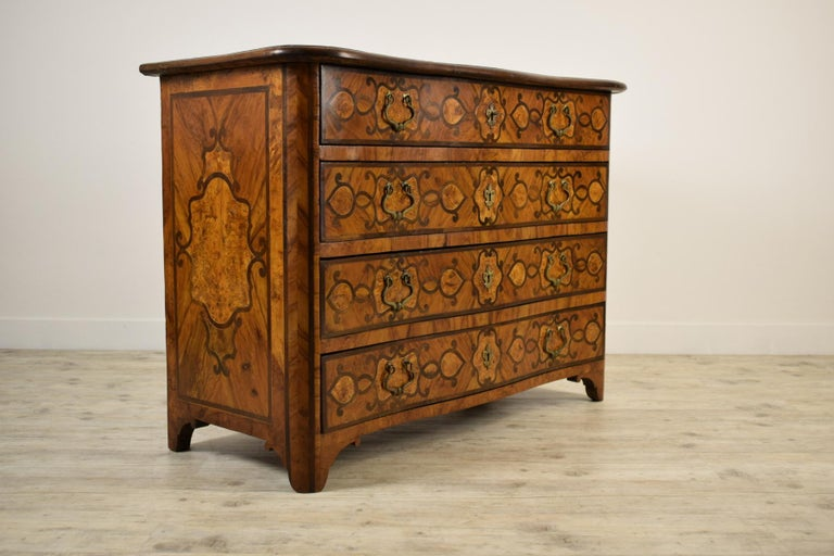 Inlay 18th Century, Italian Olive Wood Paved and Inlaid Cest of Drawers For Sale