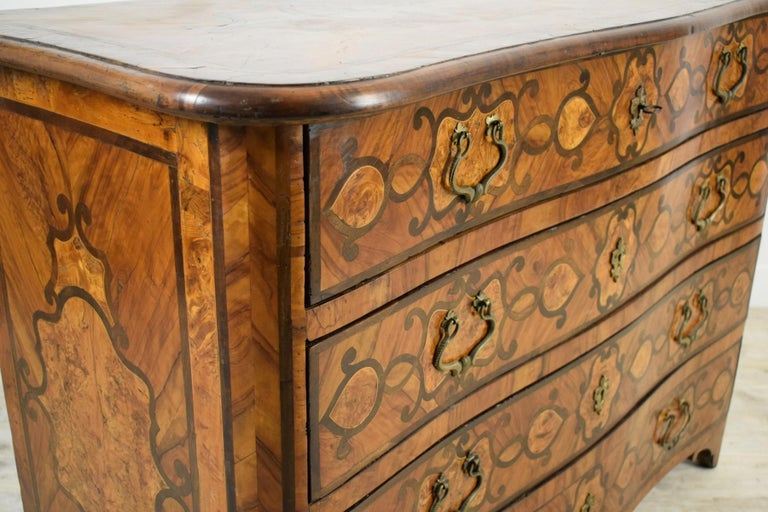 18th Century, Italian Olive Wood Paved and Inlaid Cest of Drawers For Sale 2