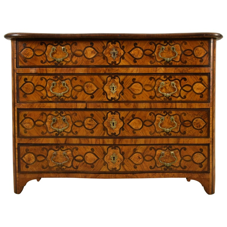 18th Century, Italian Olive Wood Paved and Inlaid Cest of Drawers For Sale