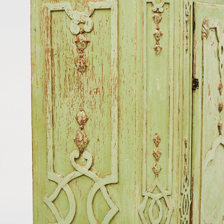 18th Century Italian Rococo Cabinet in Original Green Color For Sale 9