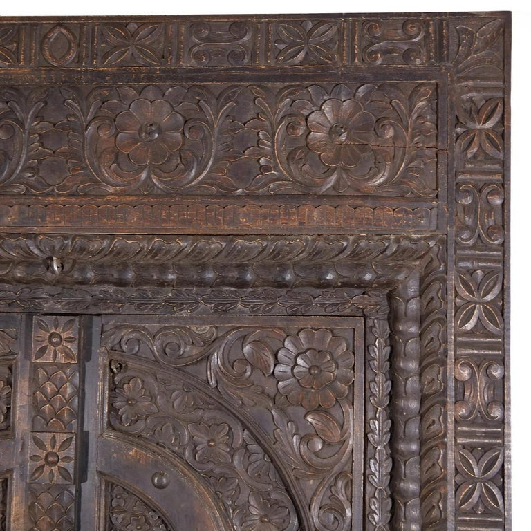 18th Century Italian Rococo Carved Frieze Wall Panel, Antique Oakwood Door In Good Condition For Sale In West Palm Beach, FL